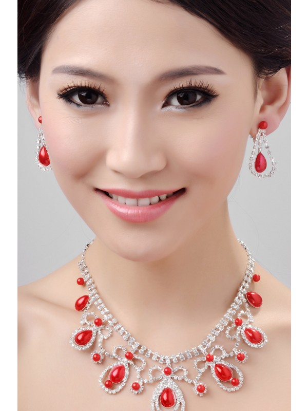 Gorgeous Glamorous Alloy Crystals Wedding Necklaces Earrings Set