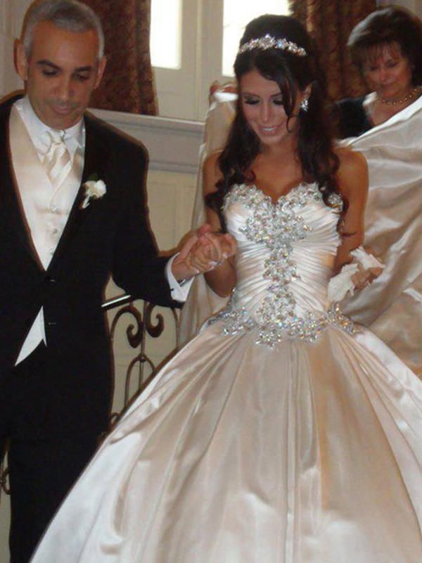 Ball Gown Sweetheart Taffeta Sleeveless Cathedral Train Wedding Dresses