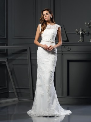 A-Line/Princess Bateau Satin Sleeveless Court Train Wedding Dresses