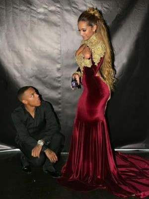 Trumpet/Mermaid High Neck Velvet Long Sleeves Court Train Dresses