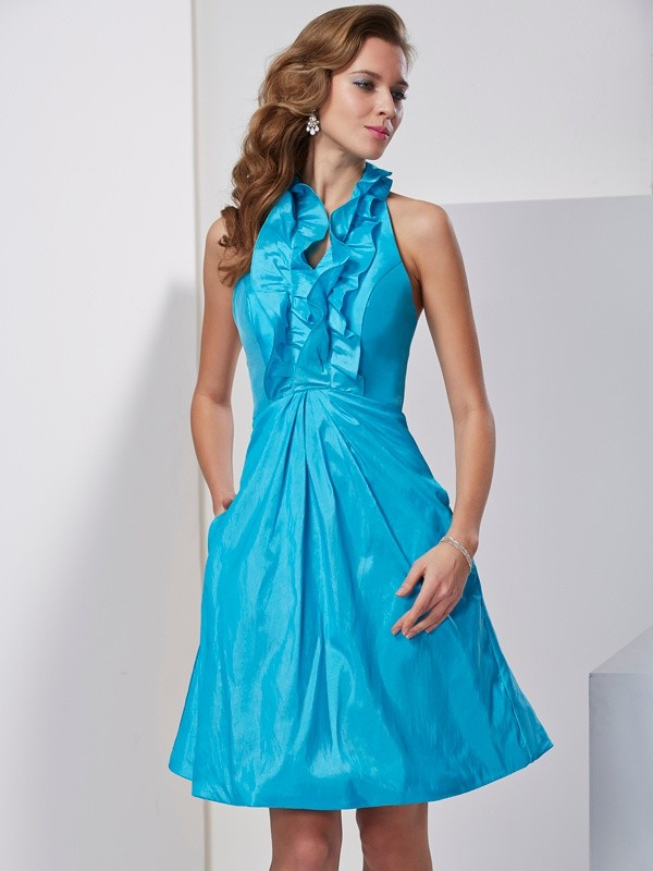 A-Line/Princess Halter Taffeta Sleeveless Knee-Length Dresses
