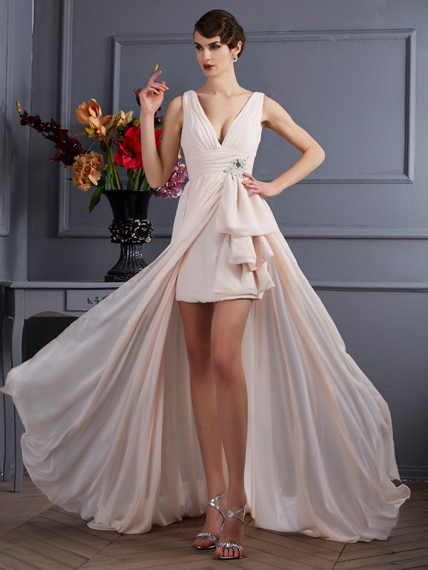 A-Line/Princess Straps Chiffon Sleeveless Court Train Dresses