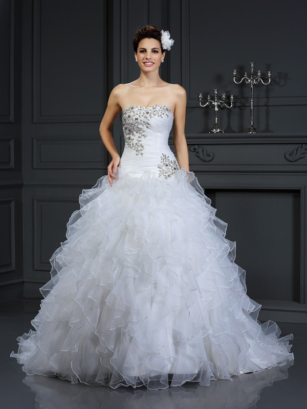 Ball Gown Strapless Organza Sleeveless Chapel Train Wedding Dresses