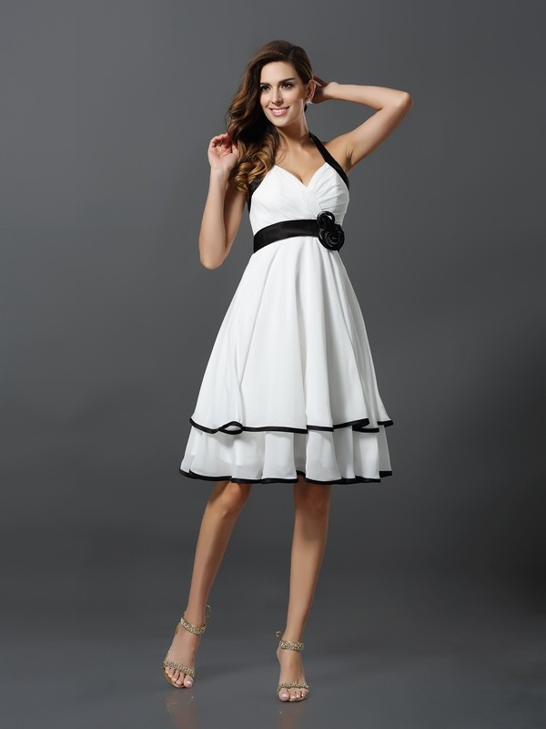 A-Line/Princess Halter Chiffon Sleeveless Knee-Length Dresses