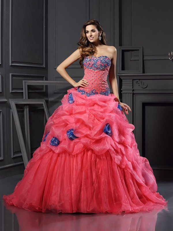 Ball Gown Sweetheart Organza Sleeveless Chapel Train Dresses