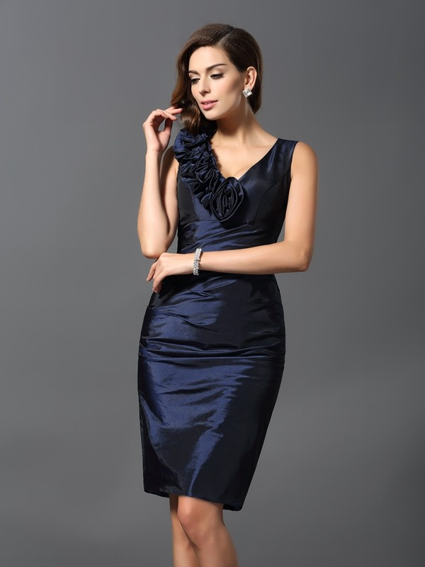 Sheath/Column V-neck Taffeta Sleeveless Knee-Length Dresses