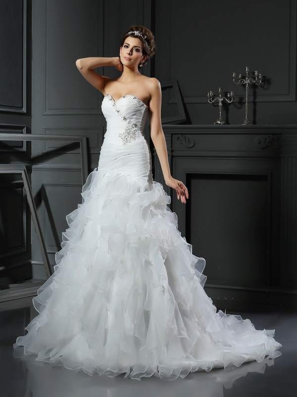 Trumpet/Mermaid Sweetheart Organza Sleeveless Chapel Train Wedding Dresses