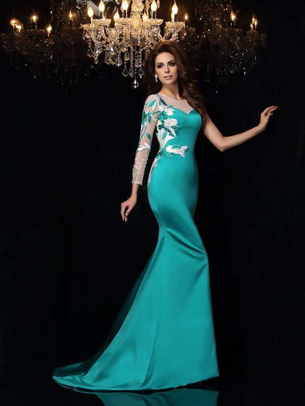 Trumpet/Mermaid Scoop Satin Sleeveless Court Train Dresses