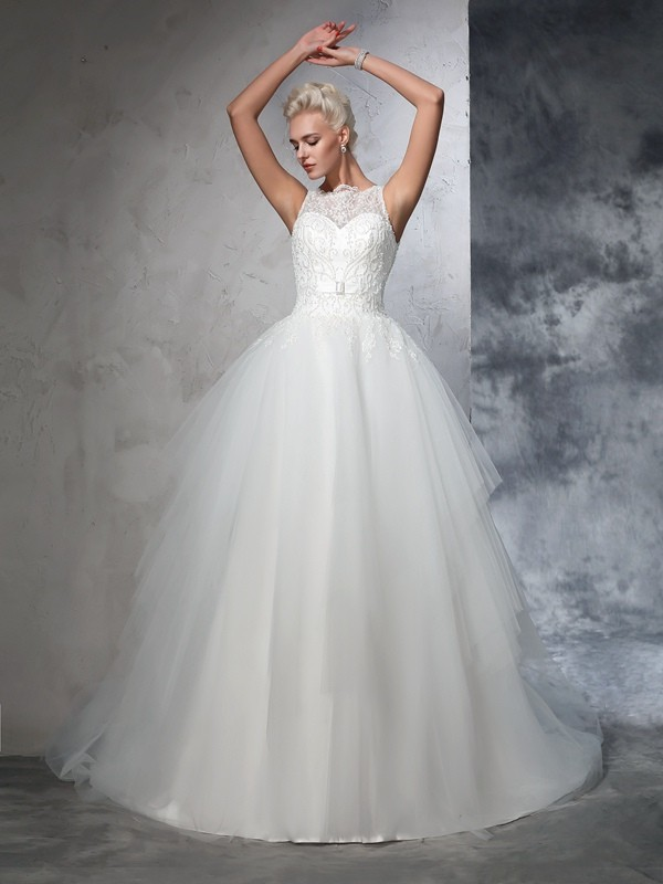 Ball Gown Bateau Net Sleeveless Chapel Train Wedding Dresses