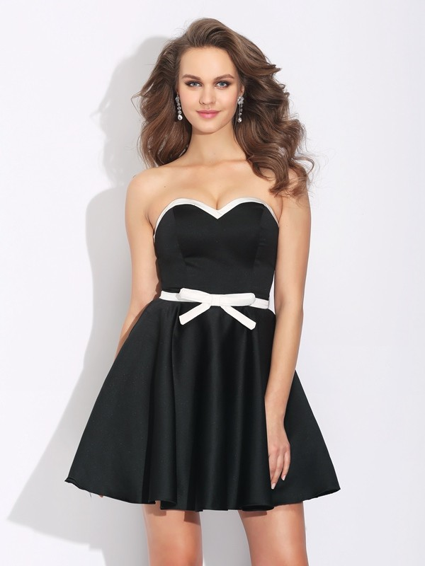 A-Line/Princess Sweetheart Satin Sleeveless Short/Mini Cocktail Dresses