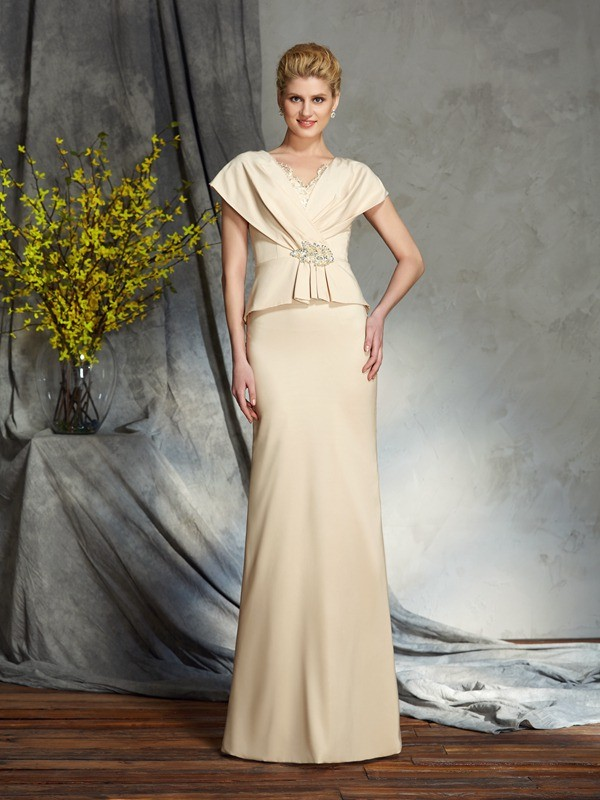 Sheath/Column V-neck Silk like Satin Short Sleeves Floor-Length Mother of the Bride Dresses