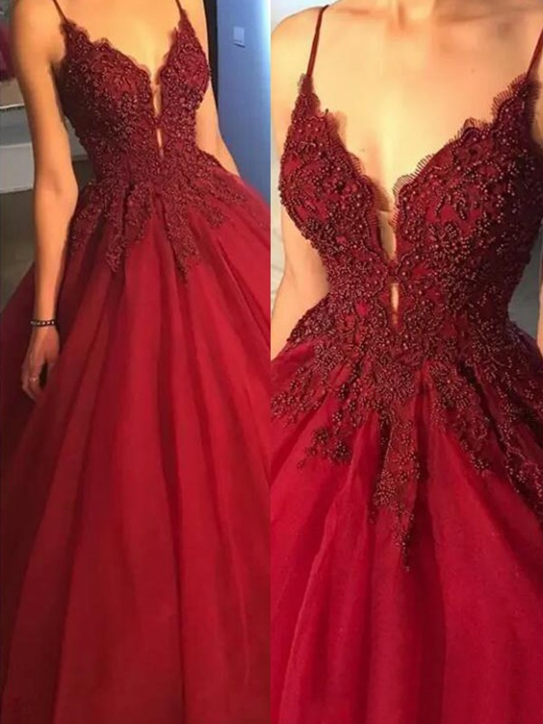 Ball Gown Spaghetti Straps Tulle Sleeveless Sweep/Brush Train Dresses