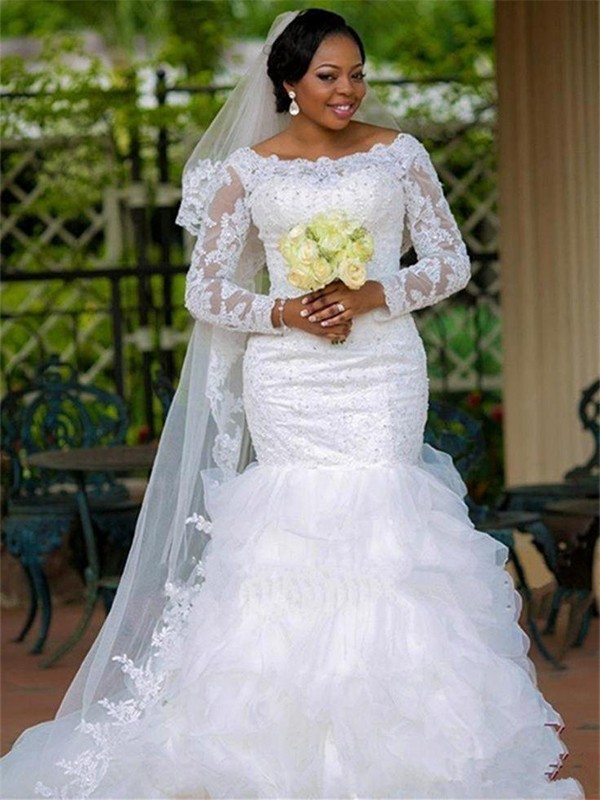 Trumpet/Mermaid Scoop Tulle Long Sleeves Chapel Train Wedding Dresses