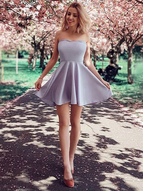 A-Line/Princess Strapless Satin Sleeveless Short/Mini Dresses