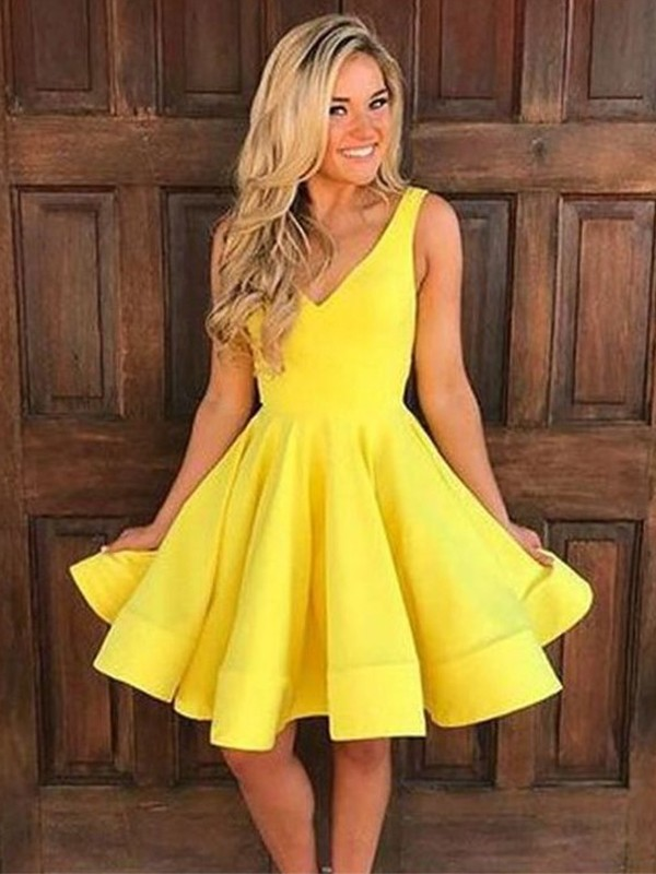 9556989cd184 Cheap Short Homecoming Dresses Online for Girls - Queenabelle