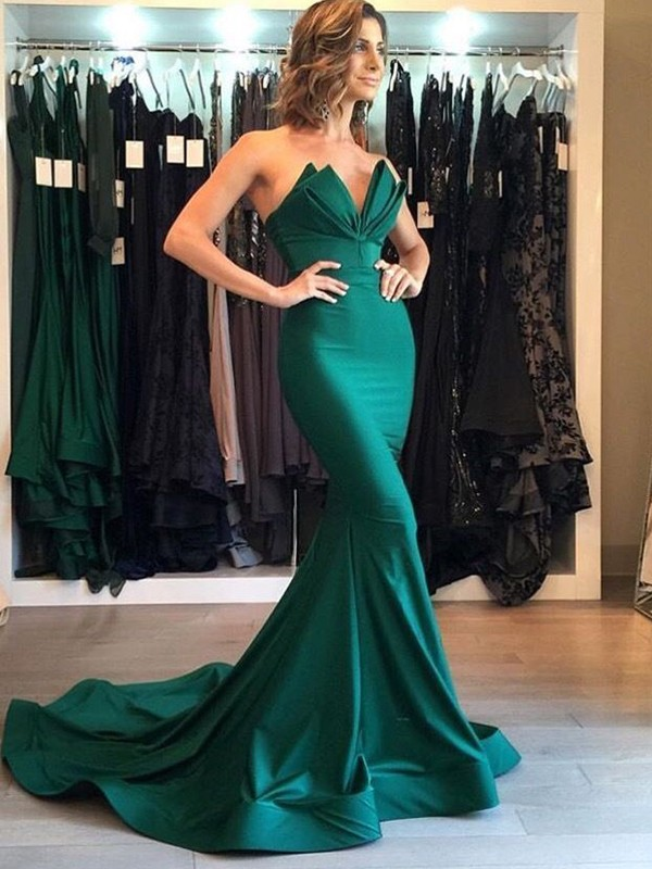 Trumpet/Mermaid V-neck Satin Sleeveless Court Train Dresses