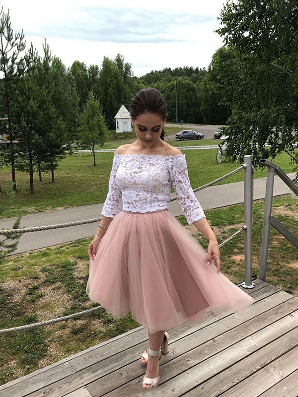 A-Line/Princess Off-the-Shoulder Tulle Long Sleeves Tea-Length Dresses