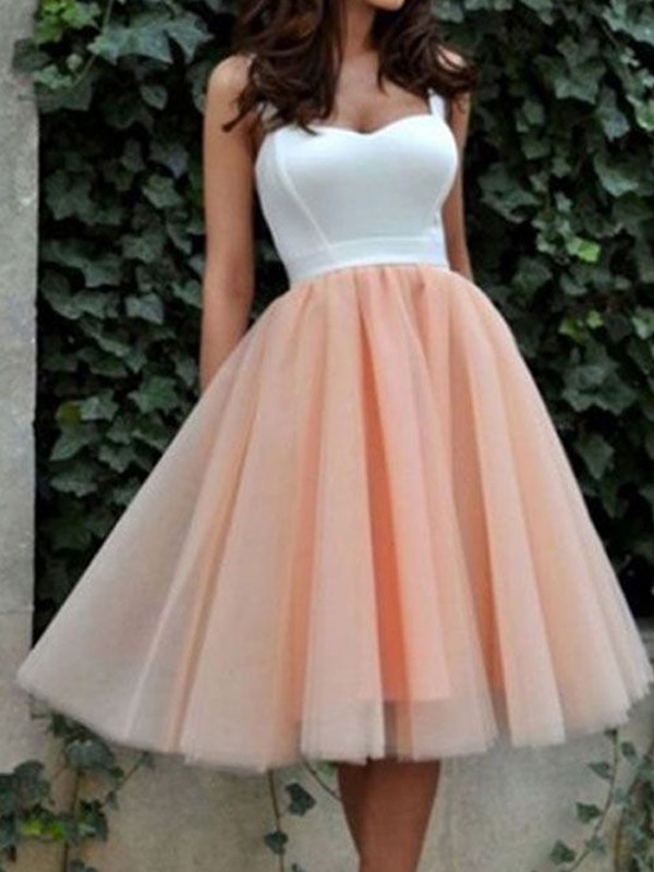 A-line/Princess Sweetheart Tulle Sleeveless Knee-Length Dresses