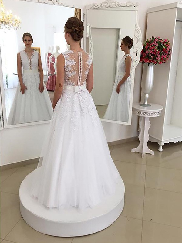 Trumpet/Mermaid Scoop Lace Sleeveless Floor-Length Wedding Dresses