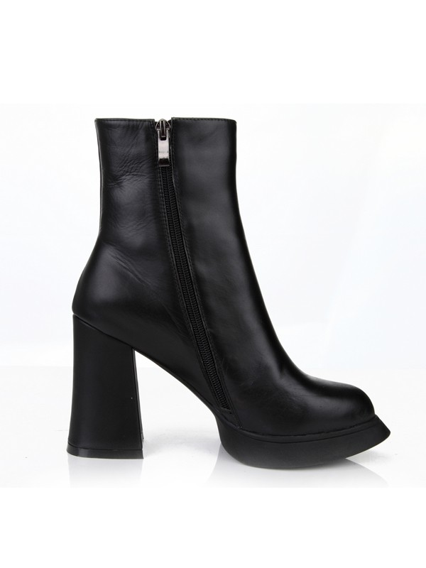 The Most Fashionable Women's Chunky Heel Closed Toe Cattlehide Leather With Zipper Mid-Calf Black Boots