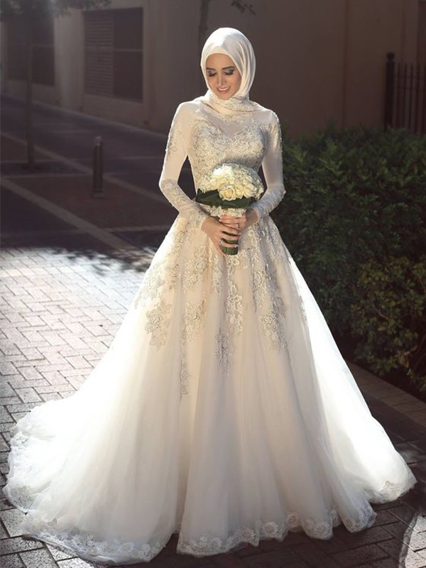 Ball Gown Jewel Tulle Long Sleeves Sweep/Brush Train Wedding Dresses