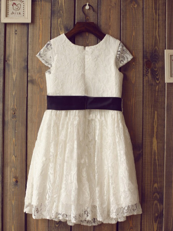 A-Line/Princess Scoop Lace Short Sleeves Tea-Length Little Girl Dresses